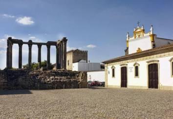 evora-temple-square